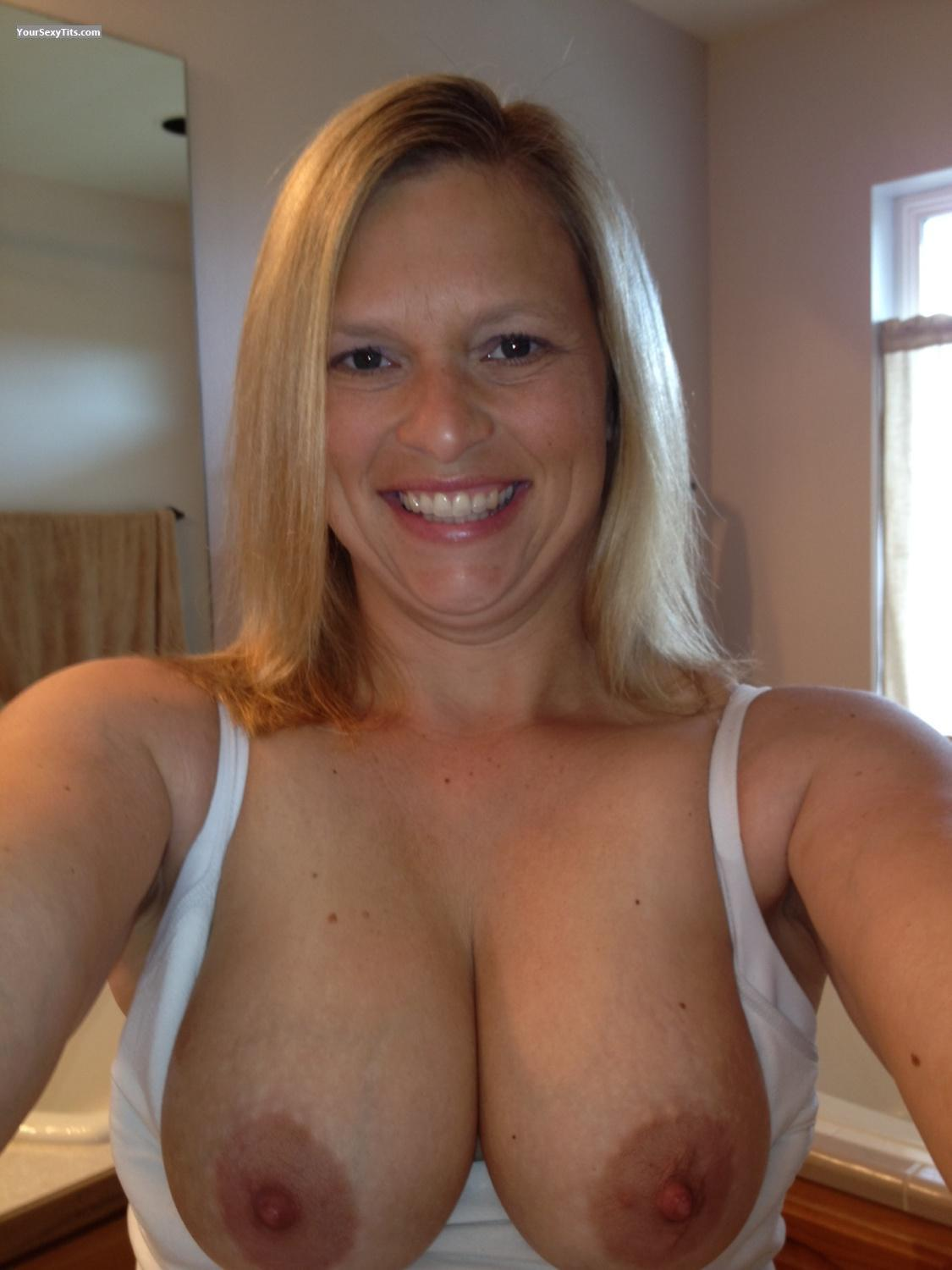 gagging-face-my-topless-pics