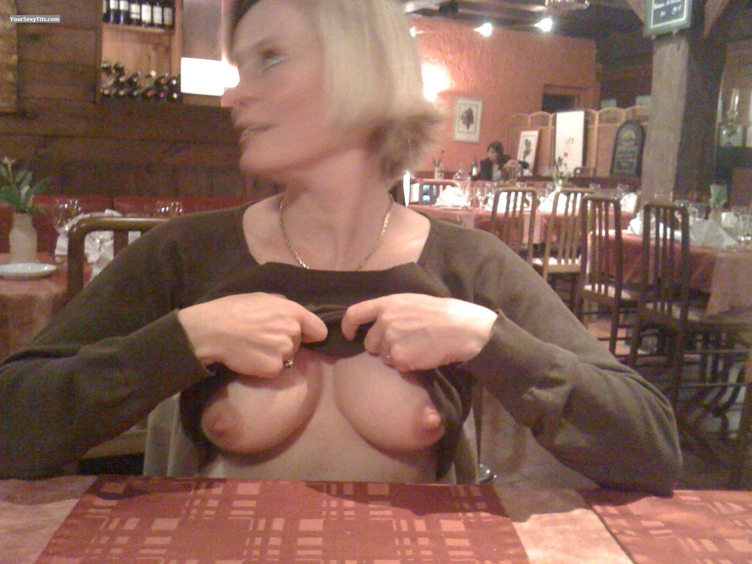 Medium Tits Topless CC X