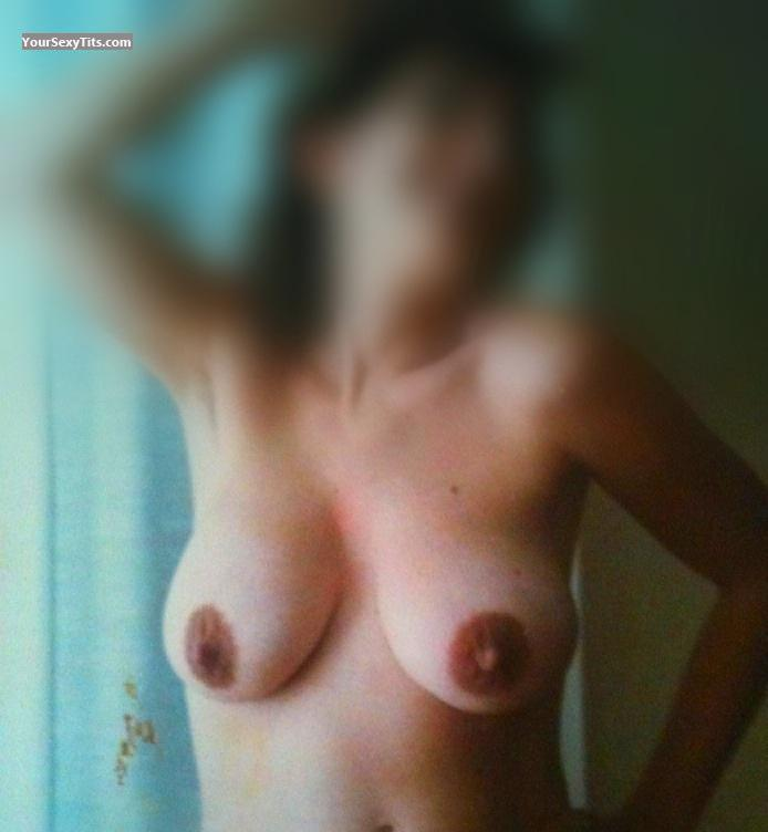 Tit Flash: Medium Tits By IPhone - Hanna from United States