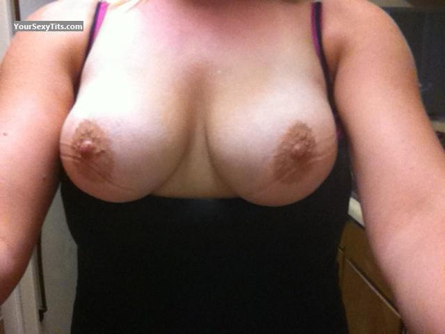 My Medium Tits Selfie by Kiki