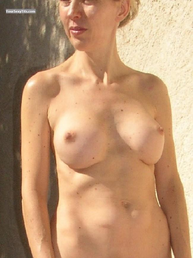 Tit Flash: Medium Tits - Helene from France
