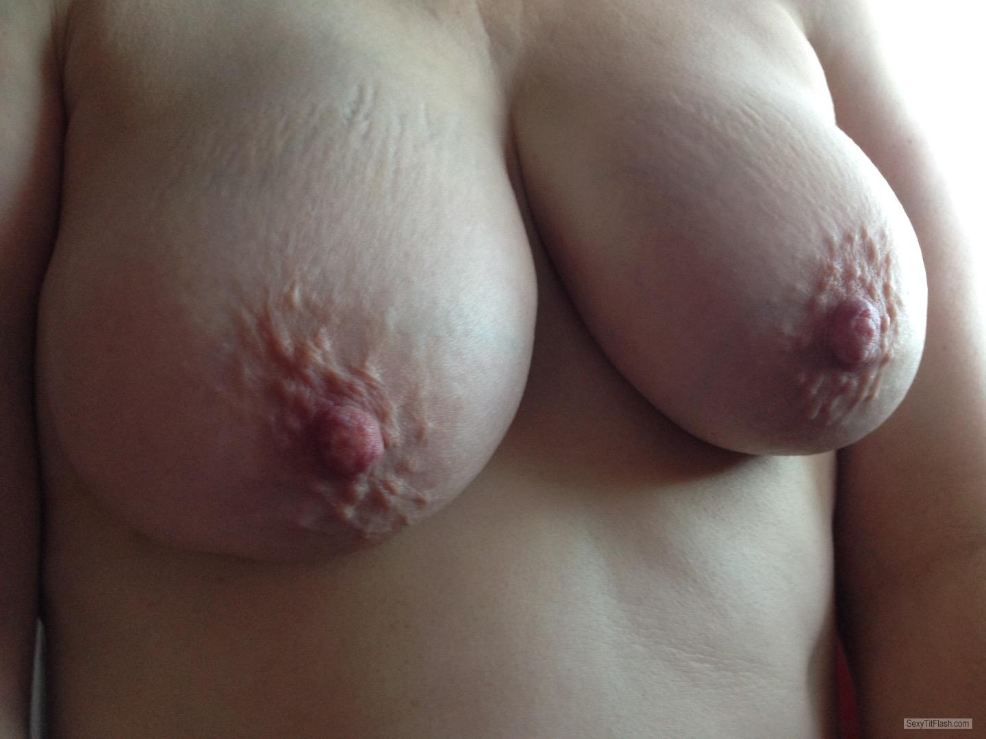 Medium Tits Of My Wife Coldnips