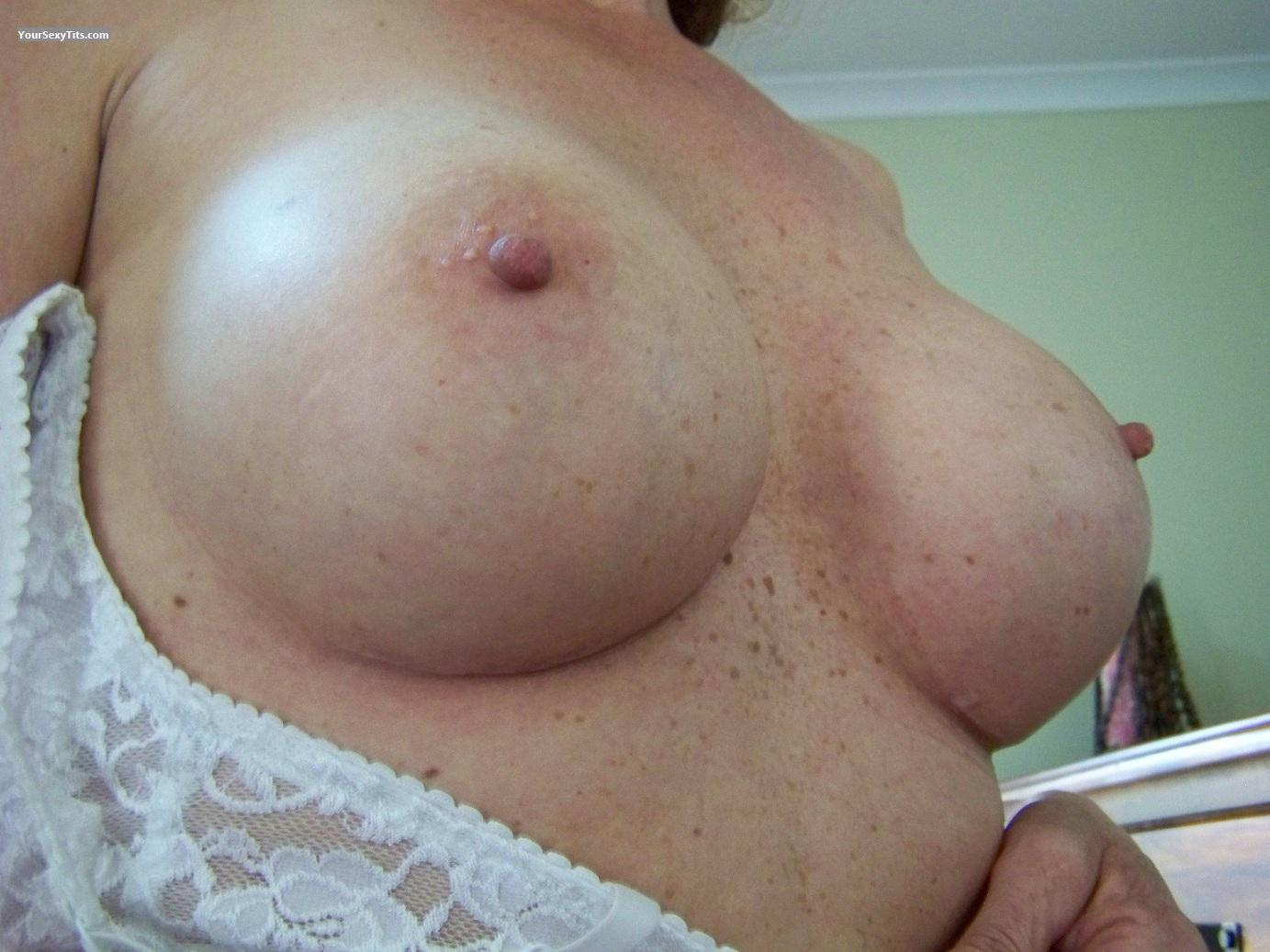 Tit Flash: Medium Tits - Chrissy from Australia