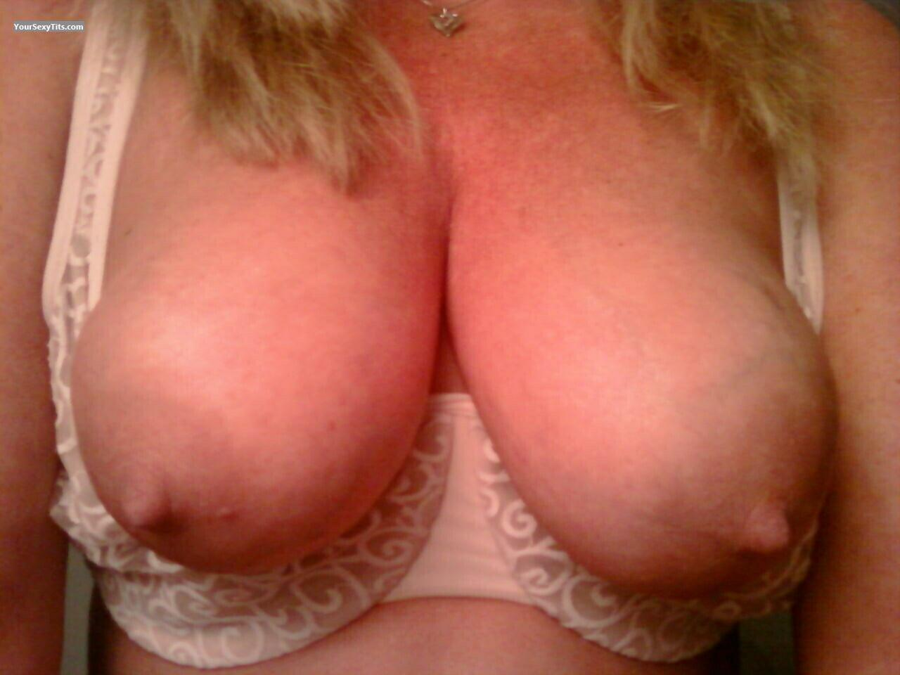 Tit Flash: My Medium Tits (Selfie) - Babygirl from United States