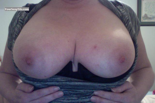 Tit Flash: My Medium Tits (Selfie) - Sweet-tits69 from United States