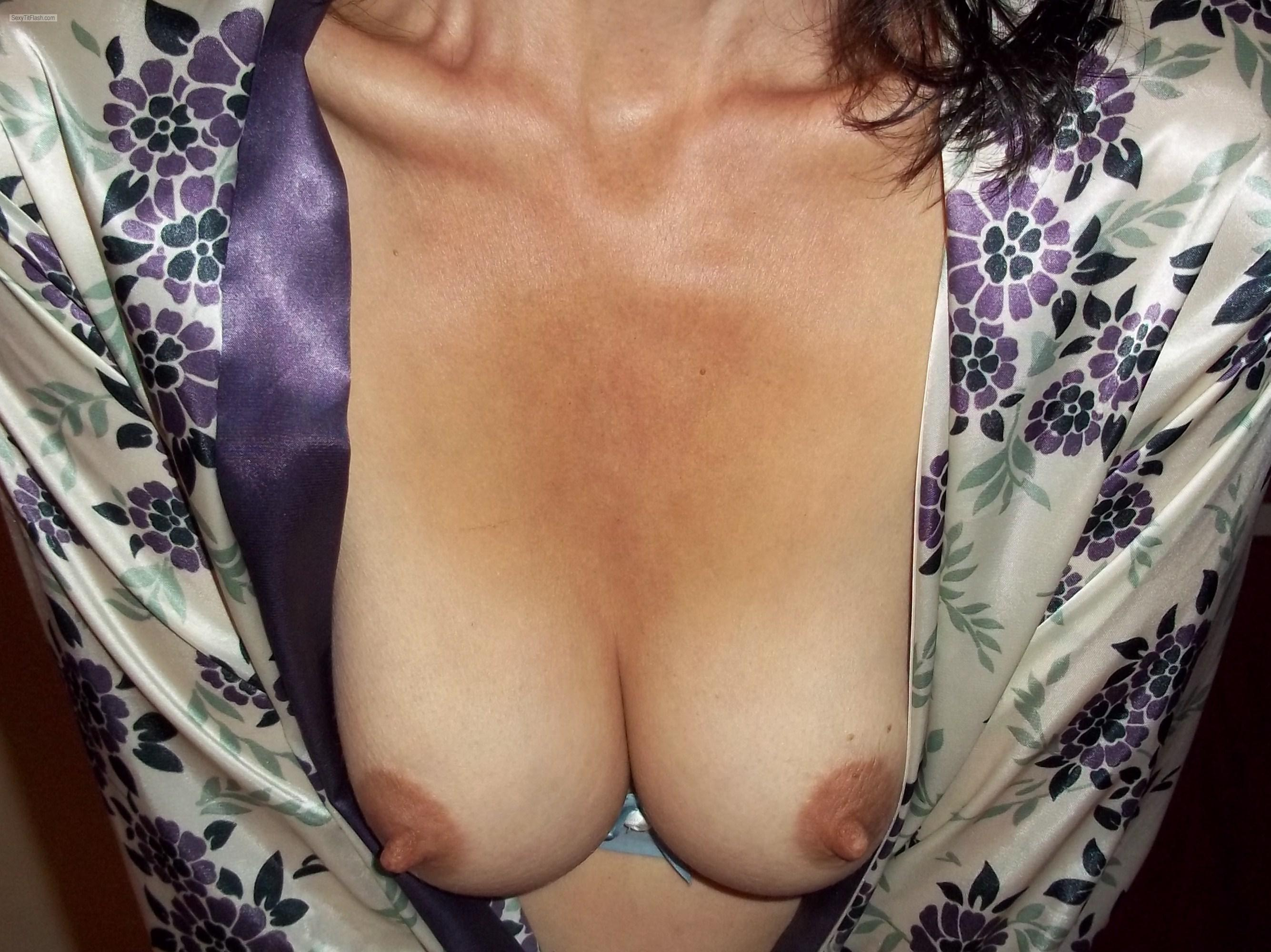 Tit Flash: My Small Tits - Dee from Canada