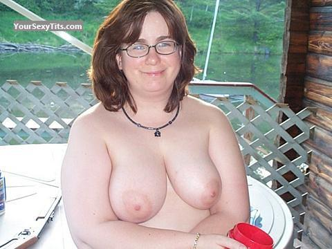 Tit Flash: Medium Tits - Topless Bryandsuebi from United States