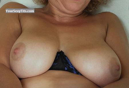My Medium Tits Selfie by Cami