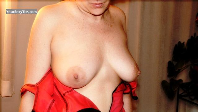 Tit Flash: Medium Tits - Relaxx Milf from Canada