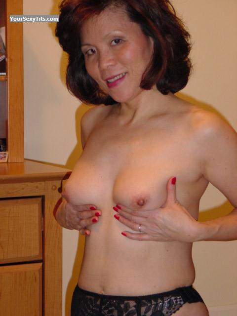 Medium Tits Topless Ming