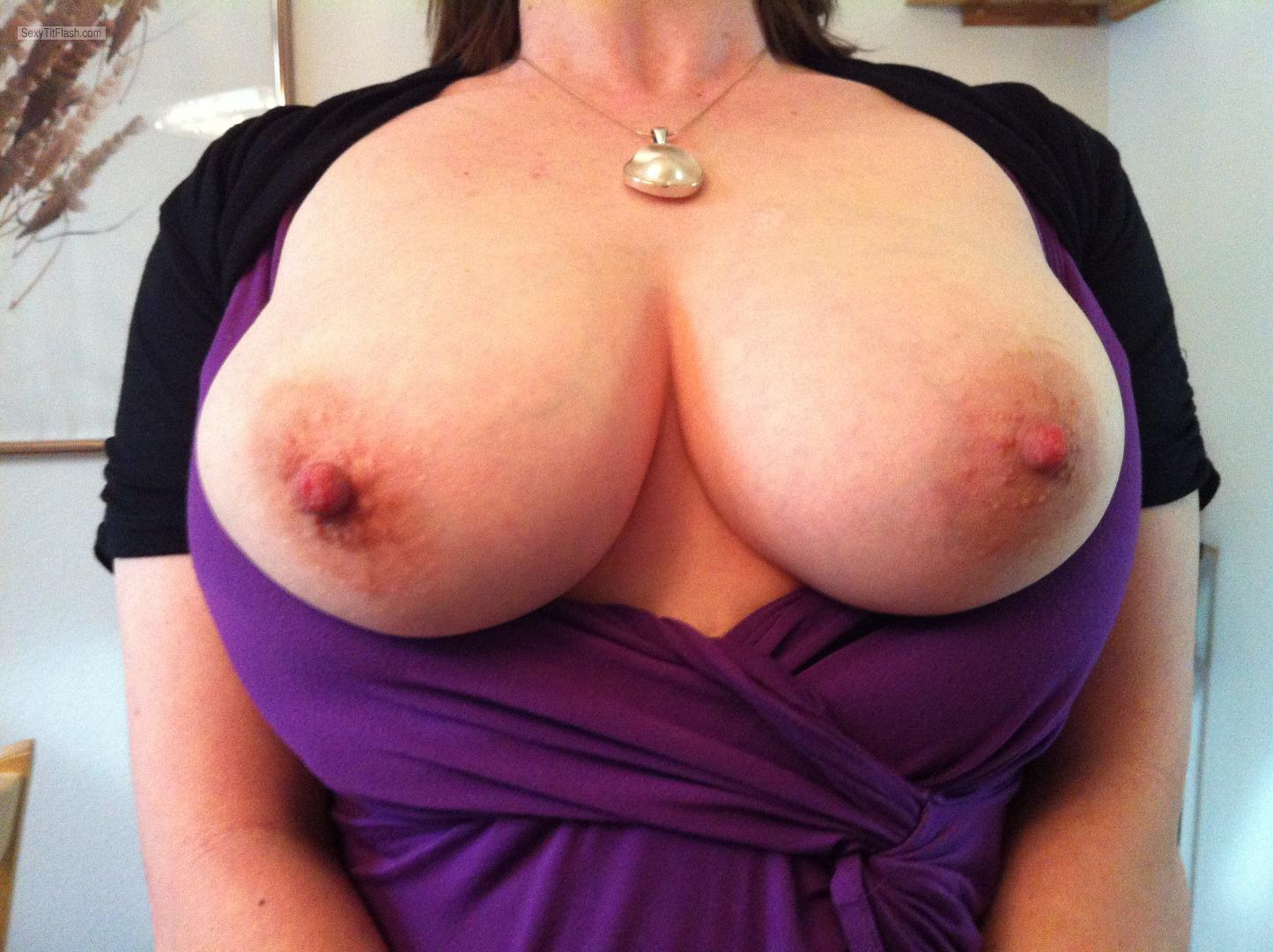 Medium Tits Of My Wife Lissa