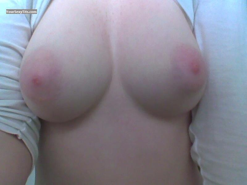Tit Flash: Medium Tits - Pinkones from Australia