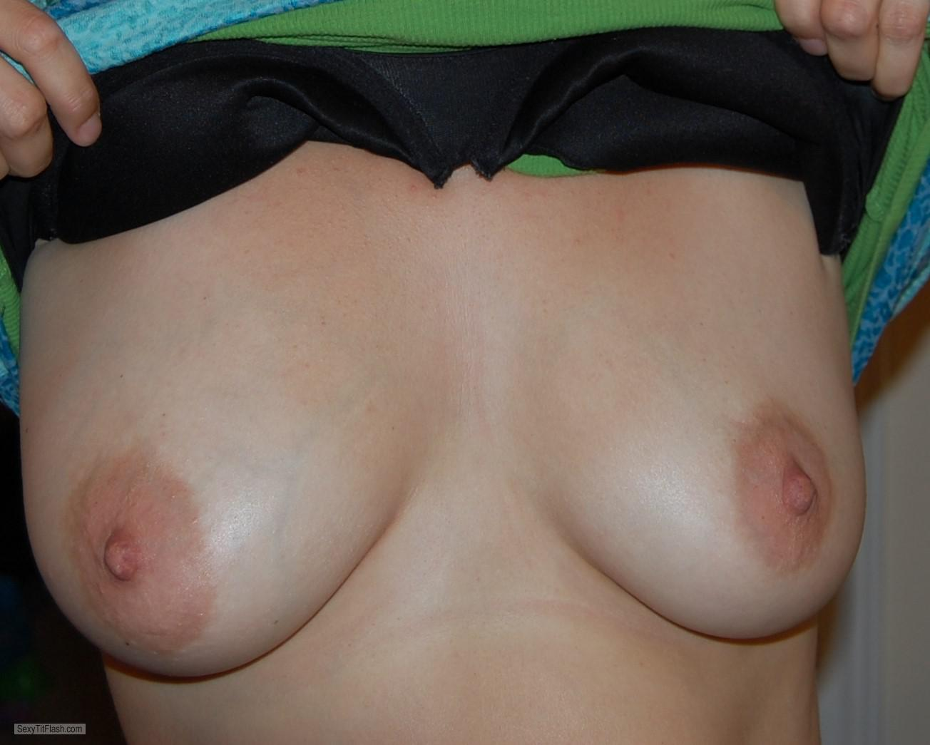 Tit Flash: My Small Tits - Pcuser69 from United Kingdom