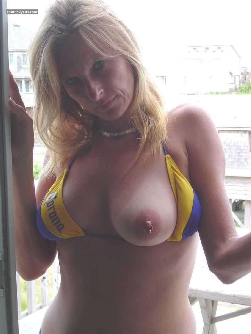 Hot naked tits