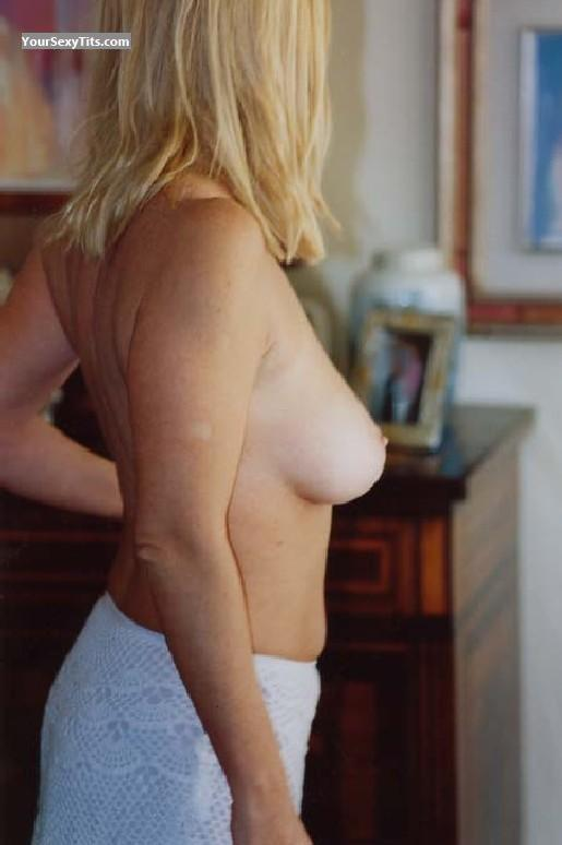 Medium Tits Blond MILF
