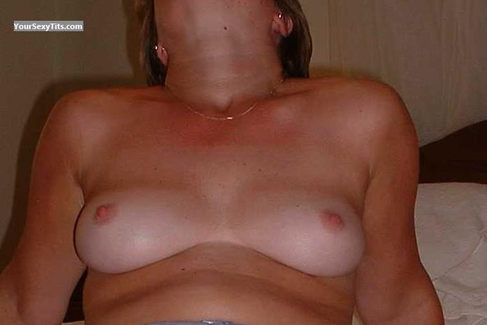 Tit Flash: Medium Tits - Jacqui from United Kingdom