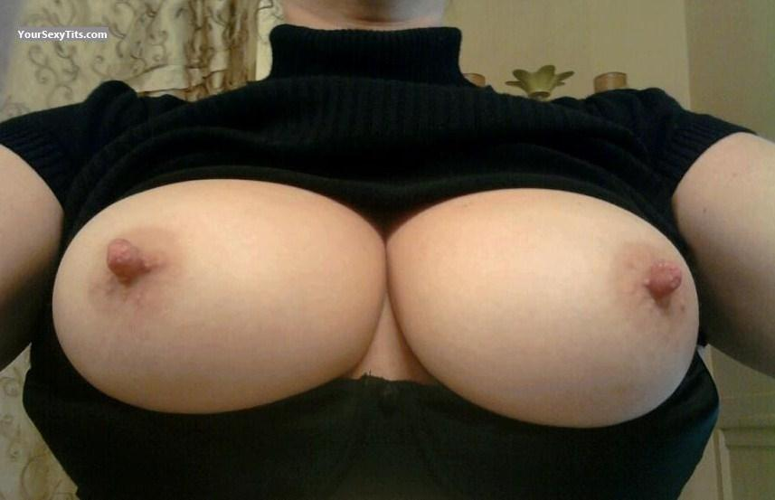 Tit Flash: Medium Tits - Mrs Gr8pair from United States