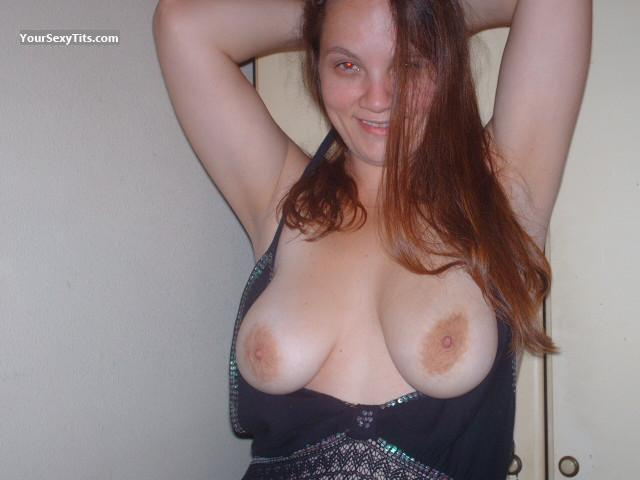 Medium Tits Topless Slik