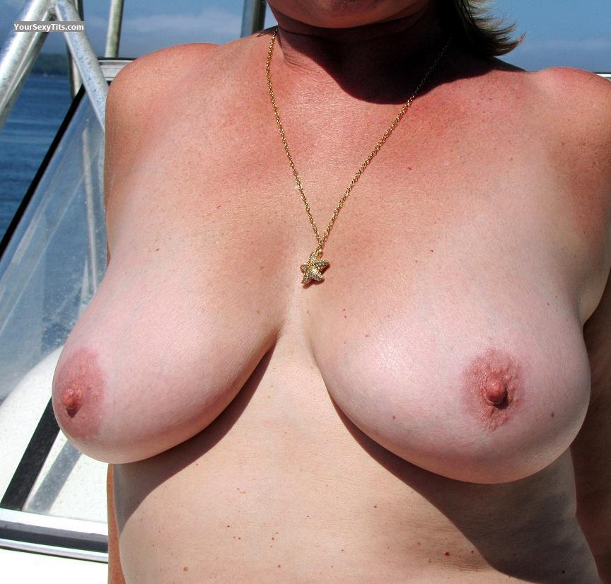 Tit Flash: Medium Tits - Kerstin from United States
