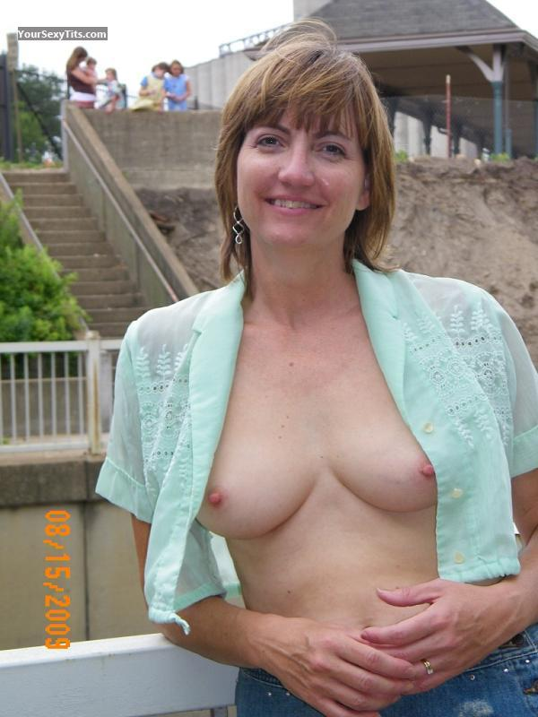 Tit Flash: Medium Tits - Topless Shnal from United States