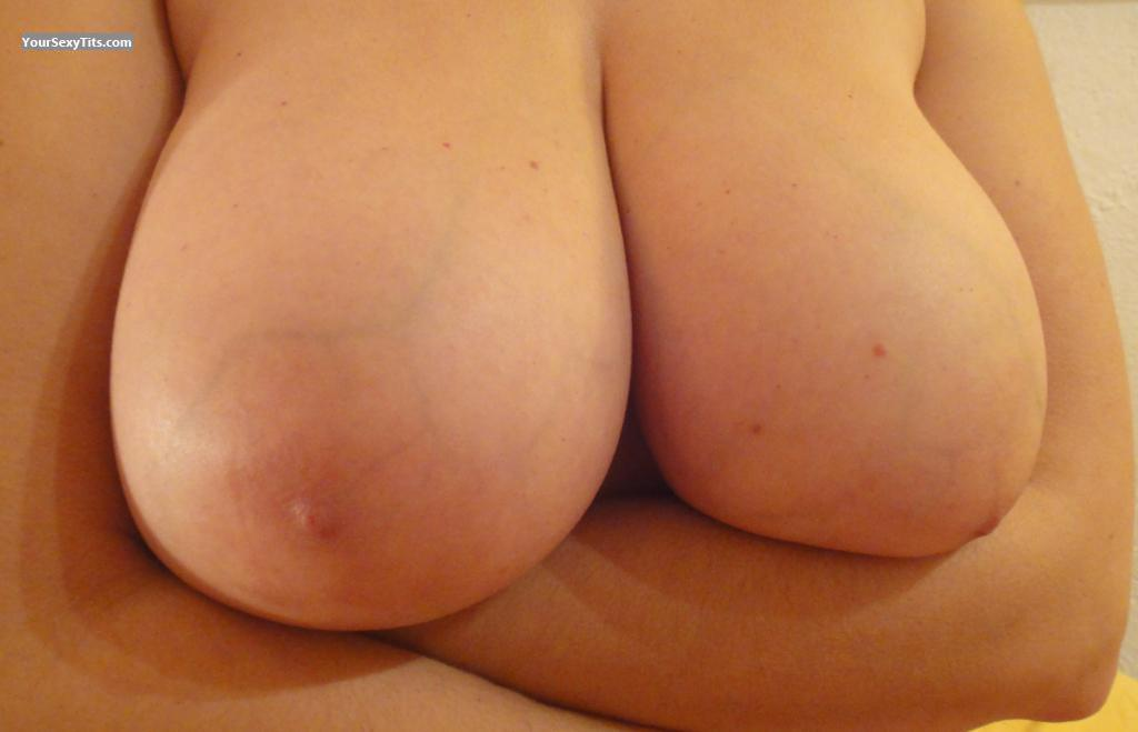 Medium Tits Of My Wife Eva