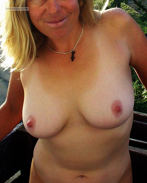 Tit Flash: Wife's Medium Tits - Hthe from United States