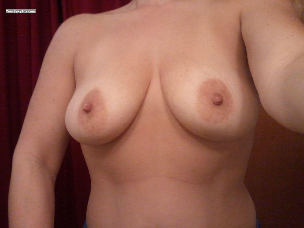 Tit Flash: My Medium Tits (Selfie) - Sexy Shawty from United States