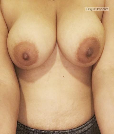 Tit Flash: My Medium Tits - Topless Mysexygirlnme from United Kingdom
