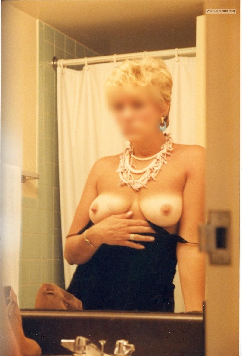 Tit Flash: Wife's Medium Tits - Retro from United States