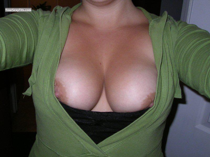 Medium Tits Of My Girlfriend Selfie by Surfertoes