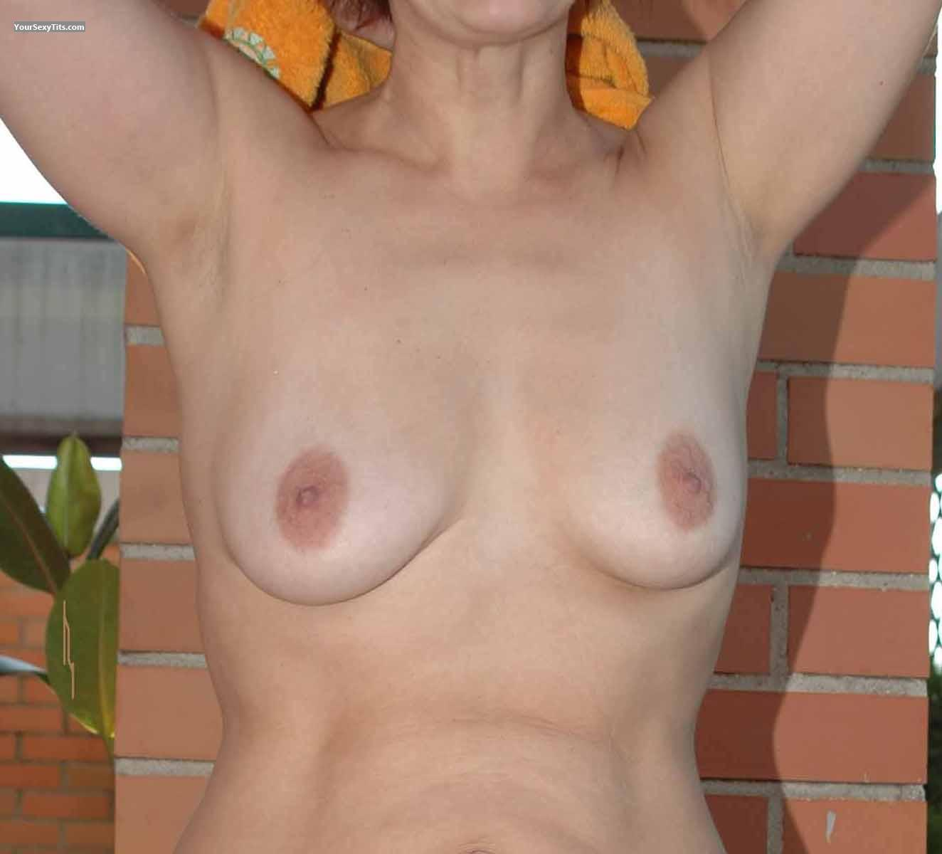 Tit Flash: Medium Tits - Pigui from Spain