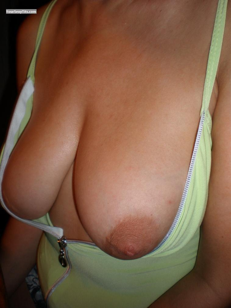 Medium Tits SwSeSu