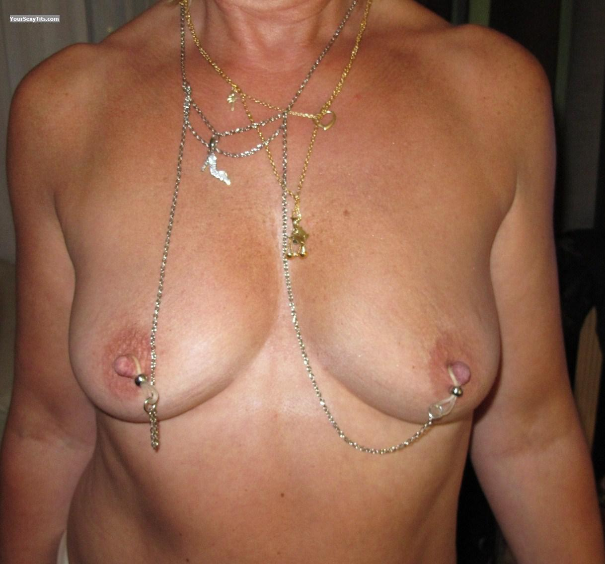 Tit Flash: Medium Tits - Cadoume from France