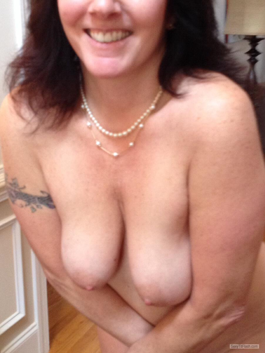 Medium Tits Of My Wife Hotliz