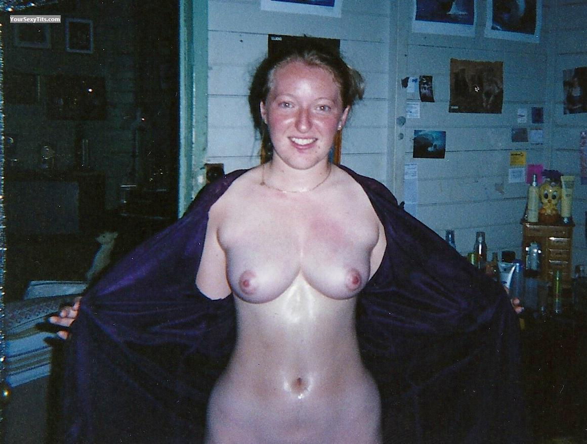 Medium Tits Topless Michelle
