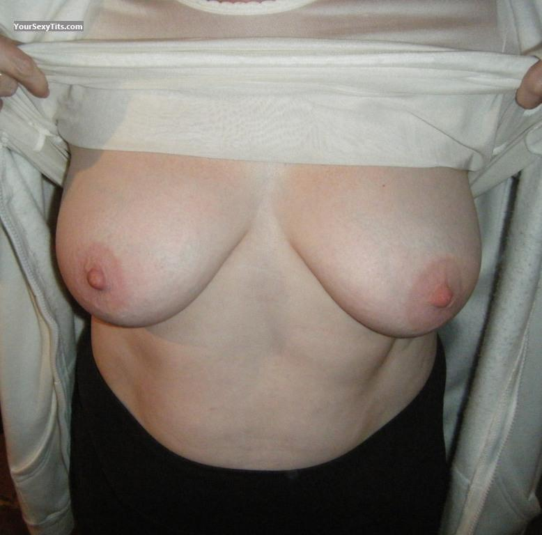 Medium Tits Wife First