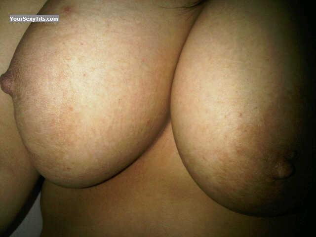 Medium Tits Of A Friend Awesome
