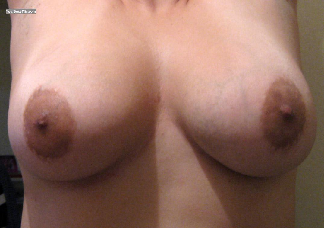 Tit Flash: Medium Tits - EYA from Colombia