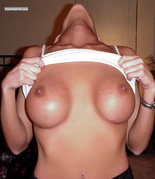 Medium Tits Lacie