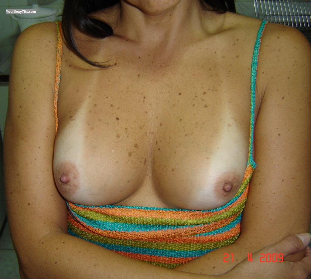Medium Tits TastyWife
