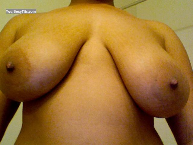 Tit Flash: Medium Tits - Nipple Juice from United States