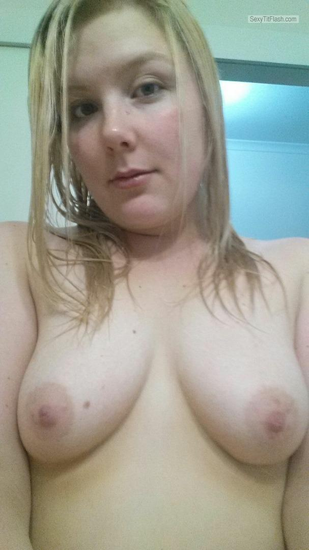 My Small Tits Topless Hubbys Wife