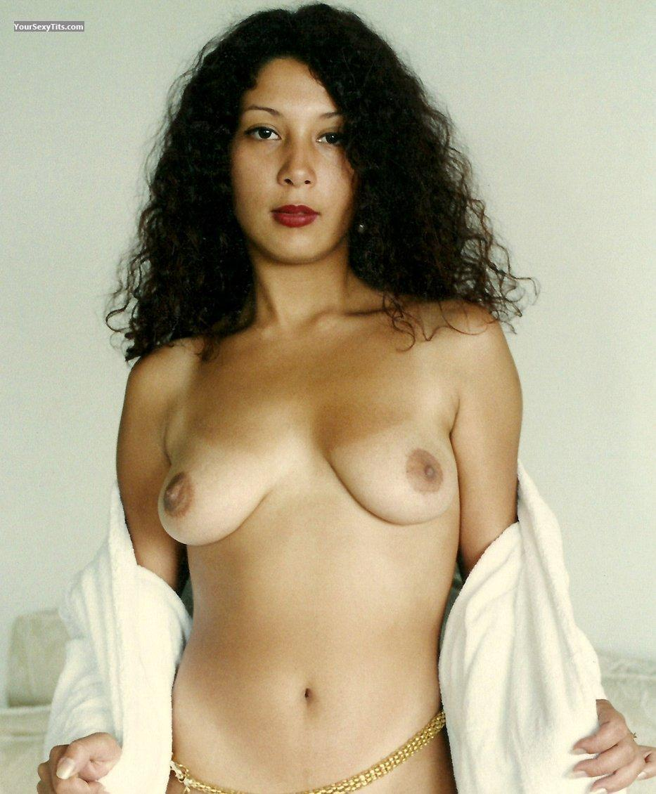 Tit Flash: Medium Tits - Topless Sor from Venezuela