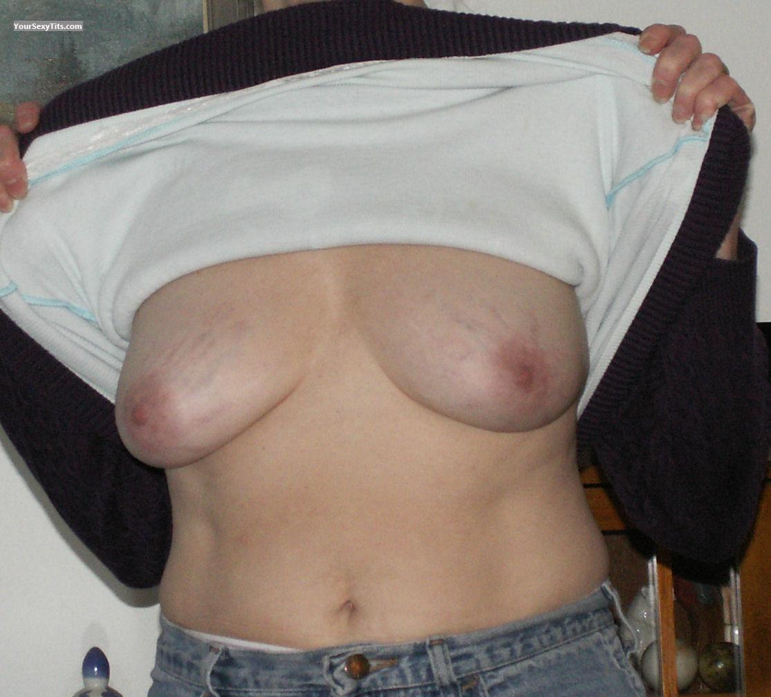 Tit Flash: Medium Tits - Lynn from United States