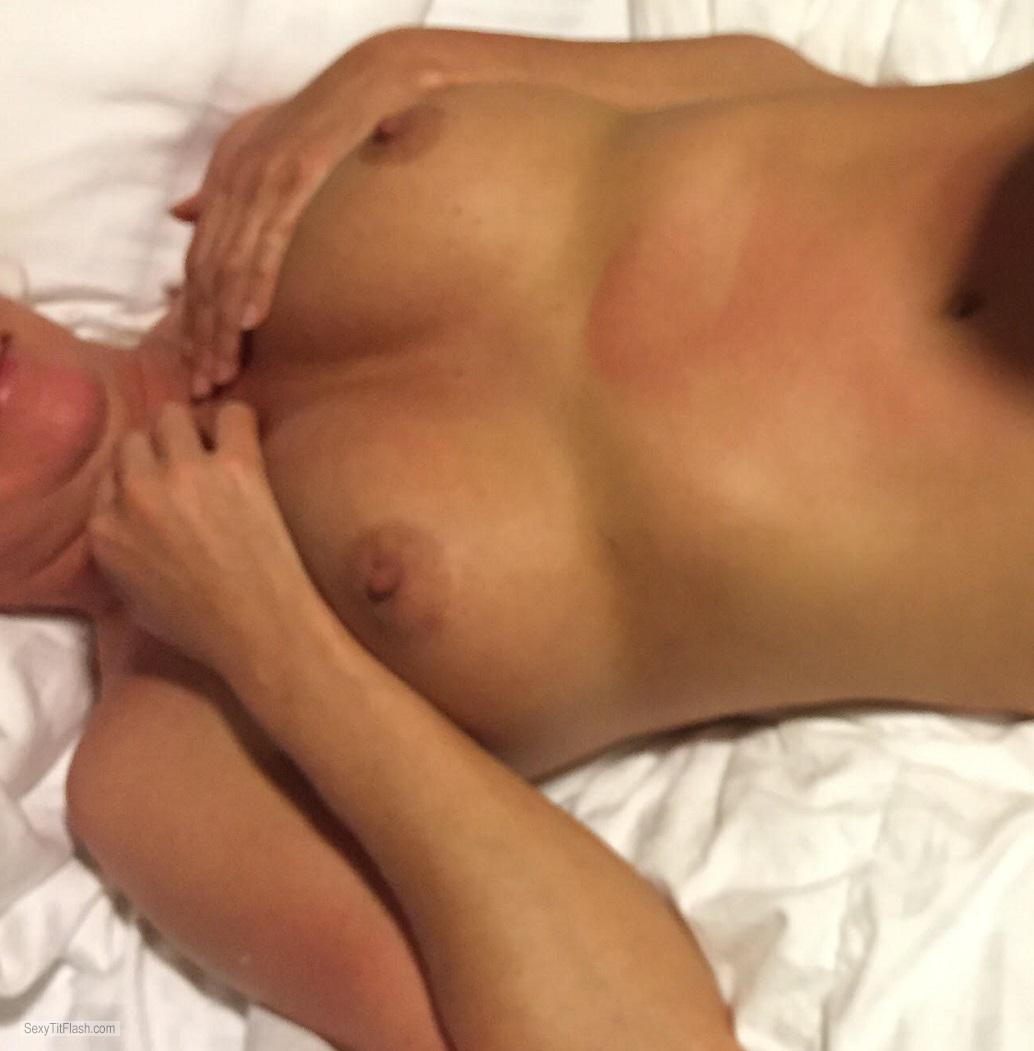 Tit Flash: Candid Woman's's Medium Tits - Jamie from United States