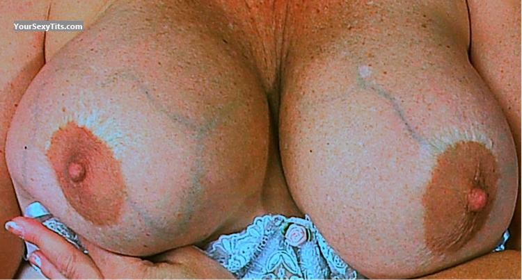 Tit Flash: Big Tits - Sue from United States