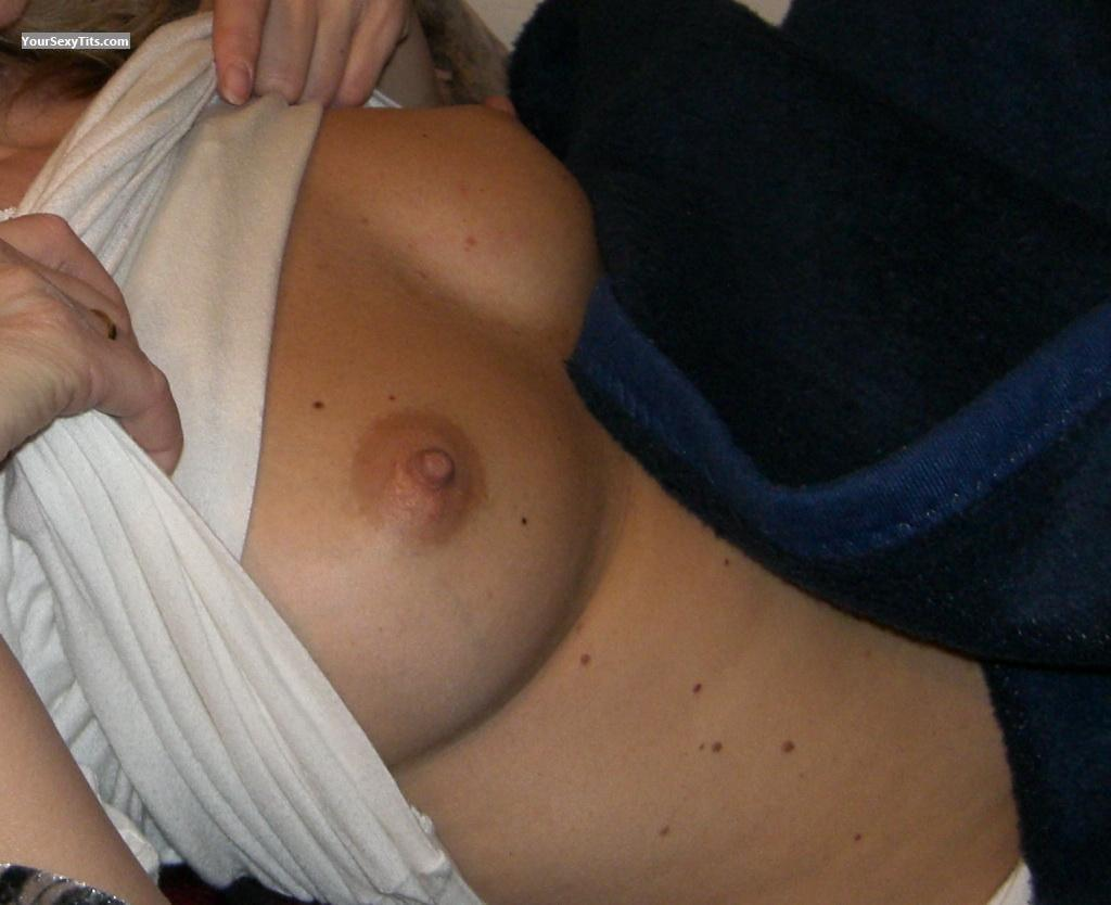 Tit Flash: Medium Tits - Alen from Germany