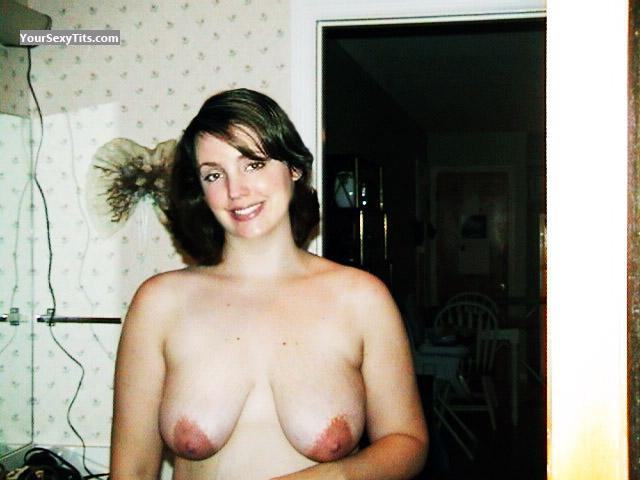 Tit Flash: Girlfriend's Medium Tits - Topless Alison from United States