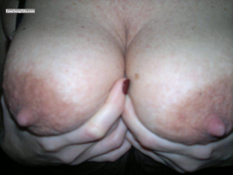 Medium Tits CORALIE