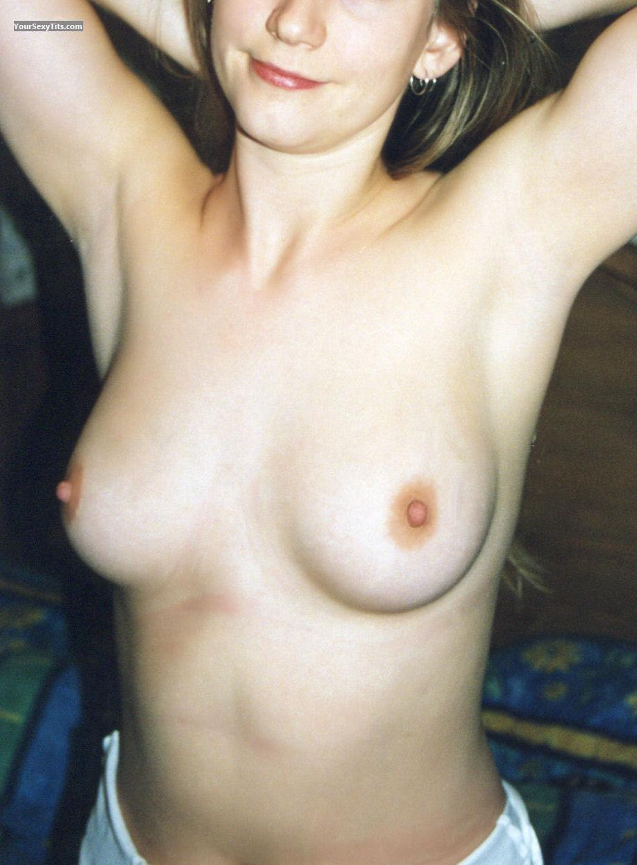 Medium Tits CuteGirl